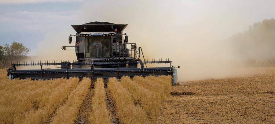 Gleaner S9 combine harvesting soybeans