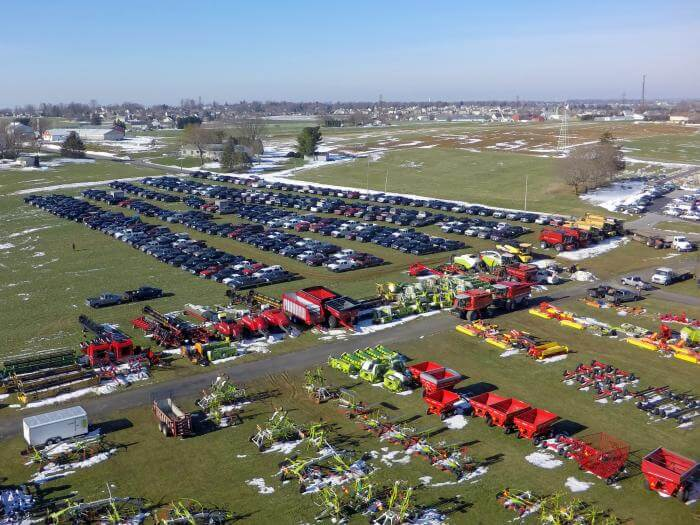 2017 MM Weaver auction parking